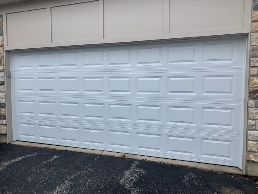 How to choose the right Commercial Garage Door for your Business?